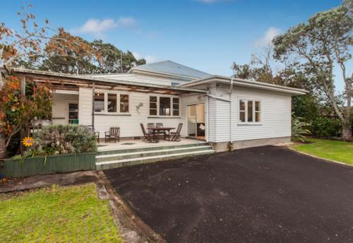 Mt Eden, Lovely 3 Bedroom Home, Property ID: 50001793 | Barfoot & Thompson
