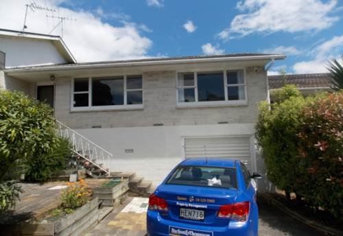 Panmure, Sunny unit close to Panmure shopping precint, Property ID: 50001825 | Barfoot & Thompson