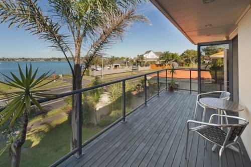 Farm Cove, Stunning Water Views, Property ID: 50001952 | Barfoot & Thompson