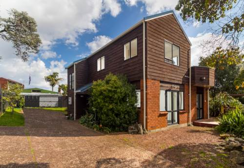 Mt Eden, Red Hot Solid Brick & Cedar Beauty, Property ID: 50002013 | Barfoot & Thompson