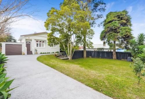 Ellerslie, Great for family living in the heart of Ellerslie, Property ID: 50003144 | Barfoot & Thompson