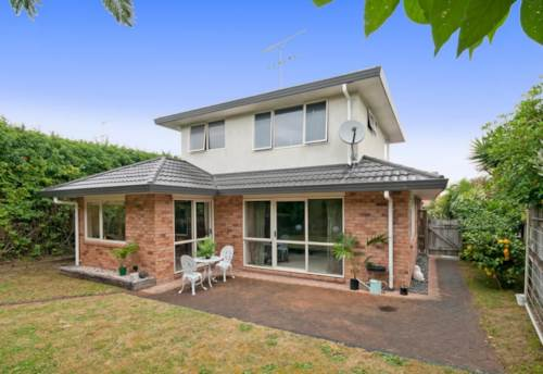 Onehunga, Onehunga Townhouse, Property ID: 50003197 | Barfoot & Thompson