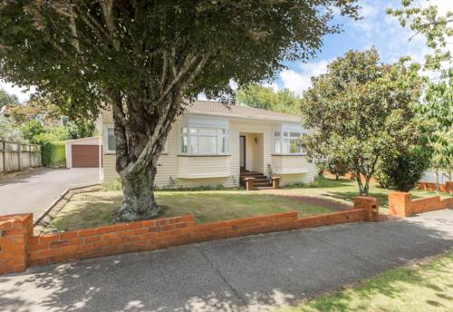 Epsom, Family Home Close to Mt Eden Village, Property ID: 50003257   Barfoot & Thompson