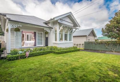 Mt Eden, When quality counts, Property ID: 50003399   Barfoot & Thompson