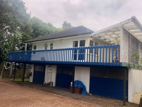 Onehunga, Spacious 3 bedroom in popular location , Property ID: 50004617 | Barfoot & Thompson