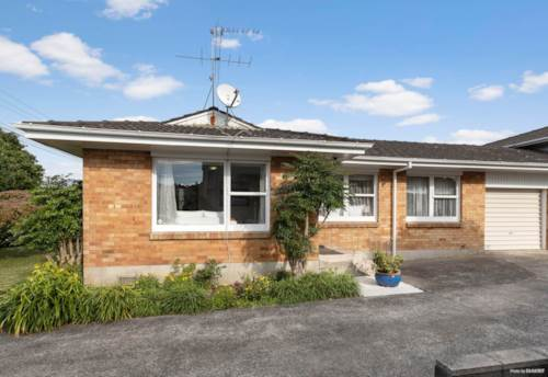 Onehunga, Sunny and Warm, Property ID: 50005644 | Barfoot & Thompson