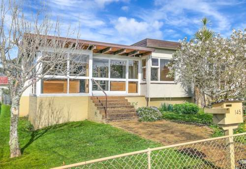 Onehunga, Family Home in the Heart of Onehunga, Property ID: 50005646 | Barfoot & Thompson