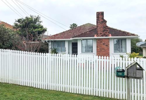 Mt Roskill, WHEN LOCATION COUNTS, Property ID: 50005660 | Barfoot & Thompson