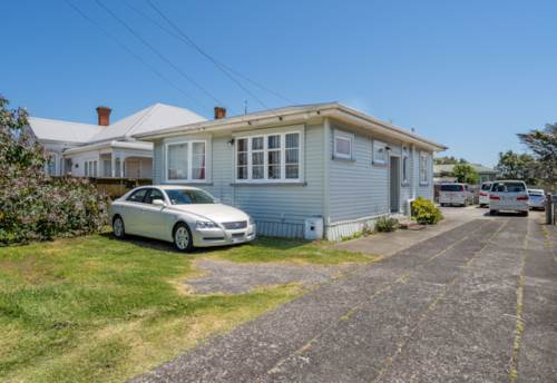 Mt Albert, Spacious and located in Town Centre Zone, Property ID: 50005673   Barfoot & Thompson