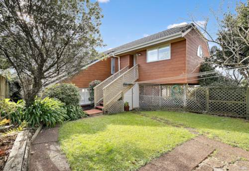 Lynfield, Walking distance to local Shopping Mall & Restaurants, Property ID: 50005709   Barfoot & Thompson