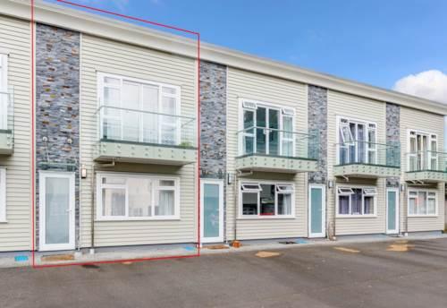 Onehunga, Two Level Modern Townhouse, Property ID: 50005712 | Barfoot & Thompson