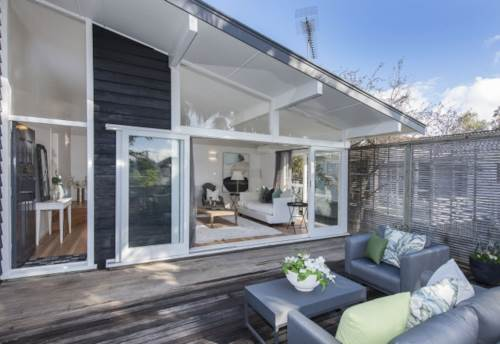 Meadowbank, 1960's Family home with a contemporary twist, Property ID: 50005762 | Barfoot & Thompson