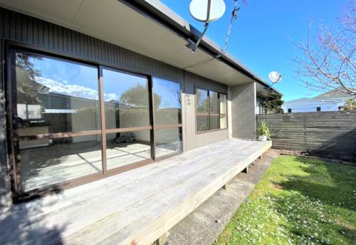 Sandringham, Contemporary living on Burnley Terrace, Property ID: 50005798 | Barfoot & Thompson