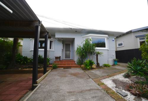 Pt Chevalier, PARADISE IN PT CHEV! FURNISHED, Property ID: 52000750   Barfoot & Thompson