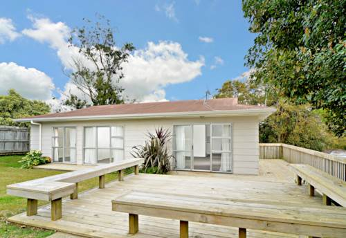 West Harbour, Light on Luckens, Property ID: 52000776 | Barfoot & Thompson