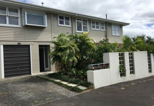 Westmere, BEST STREET IN WESTMERE, Property ID: 52000804 | Barfoot & Thompson
