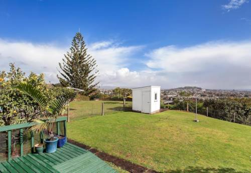 Three Kings, SUNNY WITH VIEWS, Property ID: 52000812 | Barfoot & Thompson