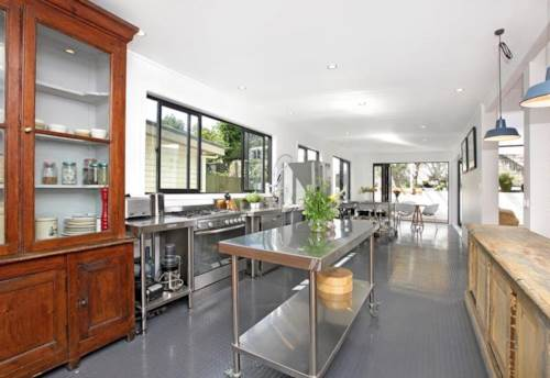 Grey Lynn, King Street Grey Lynn 3 Bedroom Stunning Villa, Property ID: 52000906 | Barfoot & Thompson