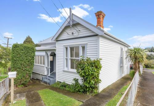 Kingsland, KINGSLAND - Refurbished Villa, Property ID: 52001969 | Barfoot & Thompson