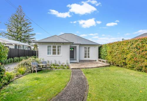 Pt Chevalier, PERFECT IN POINT CHEV, Property ID: 52003012   Barfoot & Thompson