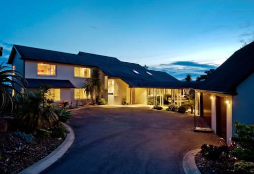 Paremoremo, Large Executive Family Home on the Waters Edge, Property ID: 53001900 | Barfoot & Thompson