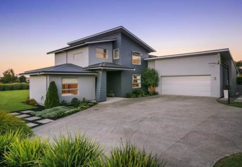 Greenhithe, Great family living - make this home yours!, Property ID: 53002307 | Barfoot & Thompson