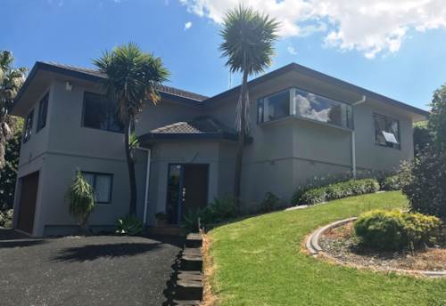 Unsworth Heights, EXECUTIVE STYLE FAMILY HOME IN UNSWORTH HEIGHTS, Property ID: 53002401 | Barfoot & Thompson