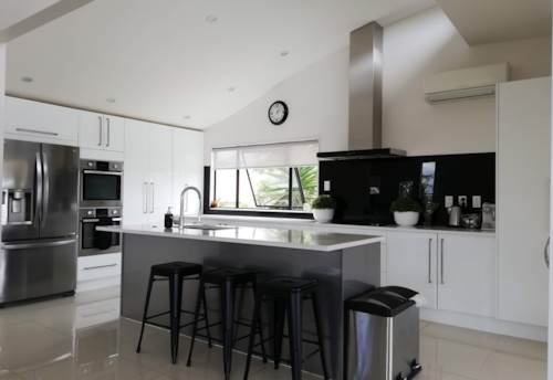 Hobsonville, Views Views Stunning Home, Property ID: 53002471   Barfoot & Thompson