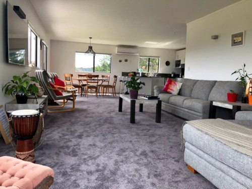 Helensville, A little bit of country , Property ID: 53003528   Barfoot & Thompson