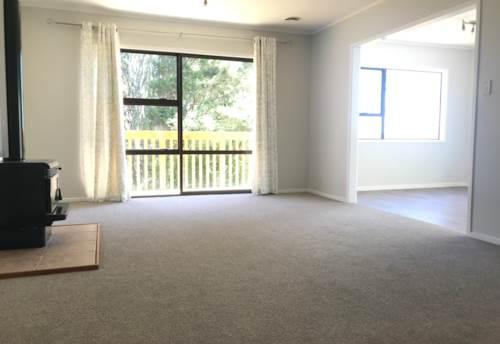 Pinehill, Good as Brand New, Property ID: 53004610 | Barfoot & Thompson