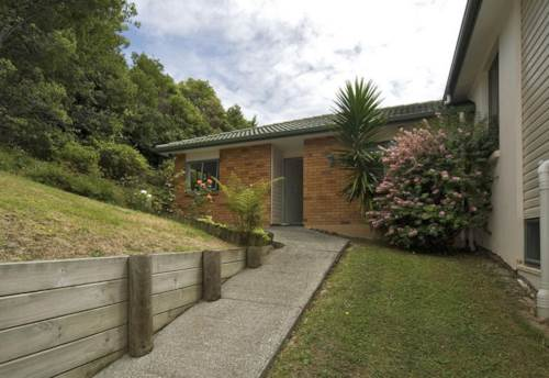 Northcross, SUNNY MODERN TWO BEDROOM HOME SO CLOSE TO ALBANY, Property ID: 53004611 | Barfoot & Thompson