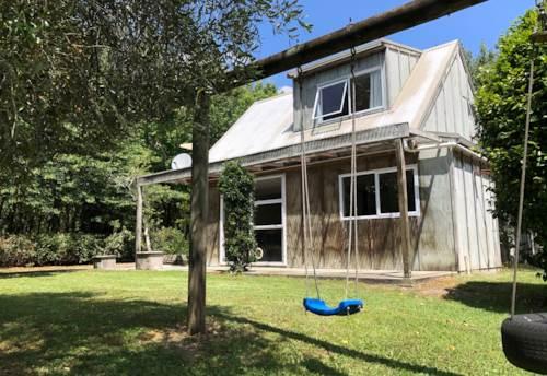 Coatesville, A little gem , Property ID: 53004621 | Barfoot & Thompson