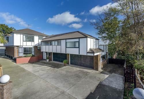 Hillcrest, Super Large Home, Property ID: 53004653 | Barfoot & Thompson