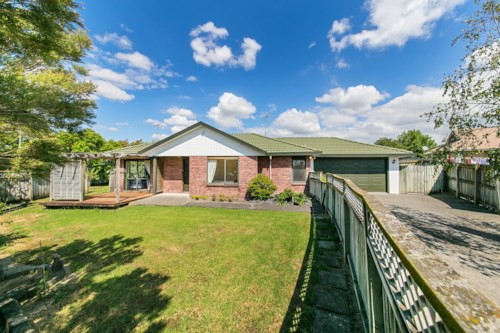 Burswood, Elderberry Rd, Handy Location + Pet Friendly, Property ID: 54002671 | Barfoot & Thompson