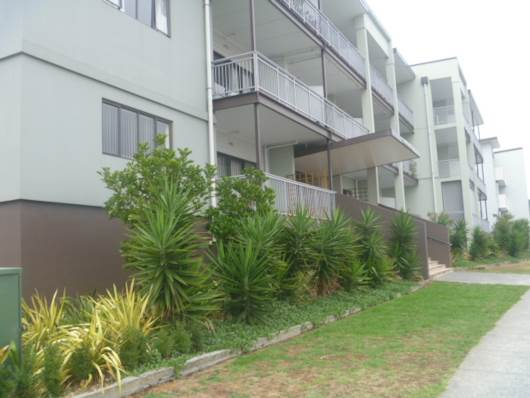Flat Bush, Stancombe Rd, spacious apartment living, Property ID: 54002777   Barfoot & Thompson
