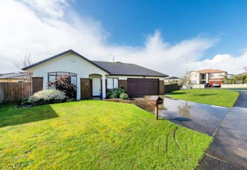 East Tamaki, Ballybay Road, Short Term Only!, Property ID: 54002896 | Barfoot & Thompson