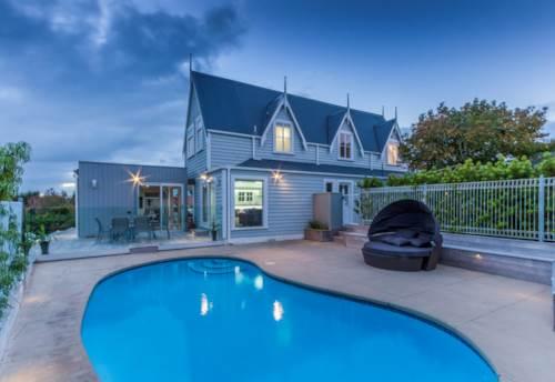Half Moon Bay, 22 Venus Place, Amazing Sea Views , Property ID: 54002939 | Barfoot & Thompson