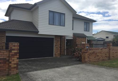 Howick, Moore St, Great Location, Property ID: 54002982 | Barfoot & Thompson