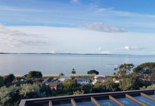 Eastern Beach, Quedley Court, Stylish Home In Macleans Zone, Property ID: 54003018 | Barfoot & Thompson