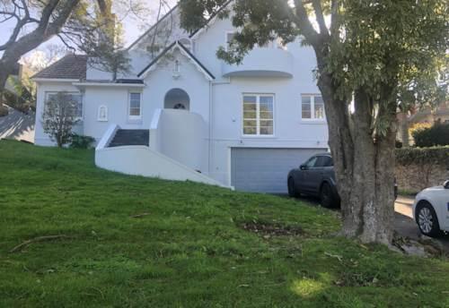 Orakei, Paritai Dr, Perfect location, Property ID: 54004063 | Barfoot & Thompson