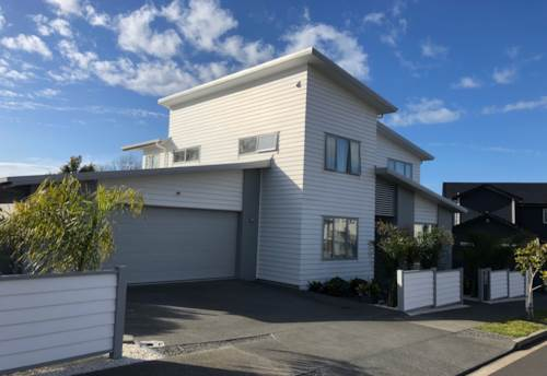 Beachlands, Beachlands Pet Friendly 5 Bedrooms *Please register online*, Property ID: 54004075 | Barfoot & Thompson