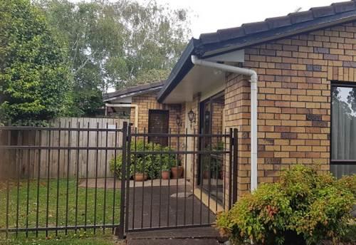 Botany Downs, Parramatta Pl, fully fenced, Property ID: 54004086 | Barfoot & Thompson