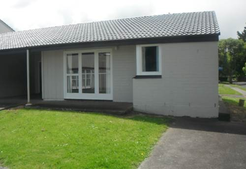 Waiuku, Just Move In, Property ID: 55000504 | Barfoot & Thompson