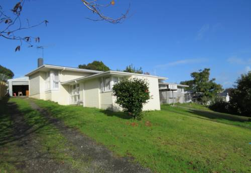 Waiuku, Great location, Property ID: 55000507 | Barfoot & Thompson