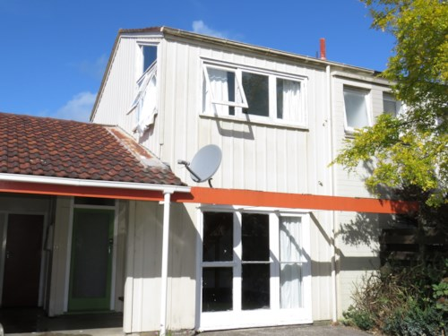 Waiuku, Upstairs Downstairs, Property ID: 55000525 | Barfoot & Thompson