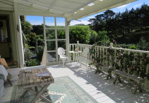 Waiuku, Peace & Privacy Among the Native Birds, Property ID: 55000581 | Barfoot & Thompson