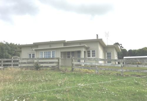 Waiuku, Relax In The Country Here, Property ID: 55000625 | Barfoot & Thompson