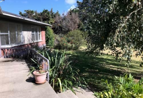 Waiuku, A Little Bit Country, Property ID: 55000680 | Barfoot & Thompson