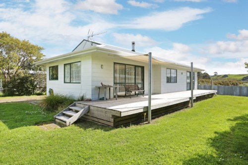 Waiuku, At The Beach in Big Bay, Property ID: 55000691 | Barfoot & Thompson
