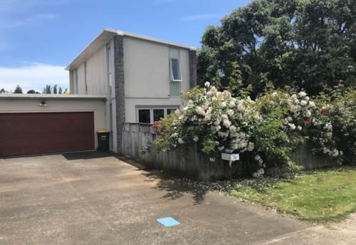 Waiuku, Good Location for Schools & Shopping, Property ID: 55000710   Barfoot & Thompson